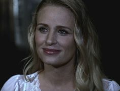 Mary Winchester - Supernatural (here played by Samantha Smith) Mary Winchester, Winchester Supernatural, Supernatural Seasons, Samantha Smith, Two Brothers, Saddest Songs, Super Natural, Take That, Beautiful