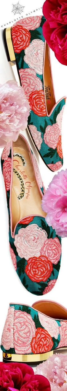 ❈Téa Tosh❈ Charlotte Olympia, PEONY #charlotteolympia #teatosh Accessorize Fashion, Old Hollywood Glamour, Floral Fashion, Luxury Shoes, Charlotte Olympia, Beautiful Shoes, Fashion Boots, Peonies, Shoe Boots
