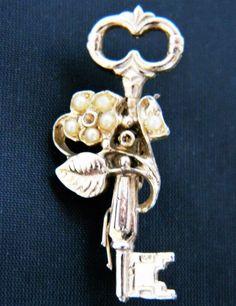 "Vintage Key Brooch Coat Sweater Pin Flower Leaf Silver Tone 1.5"""