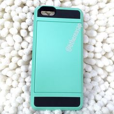 iPhone 6/6s Card Case (MINT) Top quality iPhone 6/6s secret compartment case. Luxe mint and black back with black edge and front trim. Raised edging design to give added protection. Covered volume and on/off button protection. Front siding compartment that can hold up to 2-3 cards/ID. Perfect to store emergency cash. Going out. Take just your phone, this case can store your ID and card in one sleek compartment. I USE THIS CASE AND AM OBSESSED. Always rated 5 stars. PRICE IS FIRM, DO NOT…