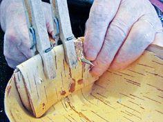 Hääräämö: Tuokkonen + ohje Texture, Wood, Crafts, Surface Finish, Manualidades, Woodwind Instrument, Timber Wood, Trees, Handmade Crafts