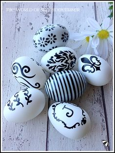 These black and white easter eggs make a stylish and contempory addition to your Easter decor. In fact, who says they need to be eggs? Home Crafts, Diy Crafts, Welcome Spring, Craft Projects, Project Ideas, Handmade Home, Creative Home, Spring Crafts, Easter Crafts