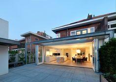 Openheid is mooi House Extension Design, Extension Designs, Open Plan Kitchen Dining, Open Plan Living, Porches, Backyard Door, Grand Luxe, Garden Villa, Garden King