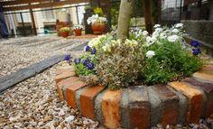 アンティークレンガ円形花壇