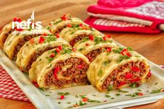 Davet Sofralarının Yıldızı Olacak Kıymalı Rulo Patates – Nefis Yemek Tarifleri Iftar, Sushi, Food And Drink, Meat, Chicken, Cooking, Ethnic Recipes, Recipe, Cuisine