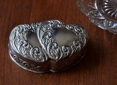 SILVER HEART BOX jewlery box, vintage silverplate box, double hearts, ring box for wedding, wedding ring display, handfasting