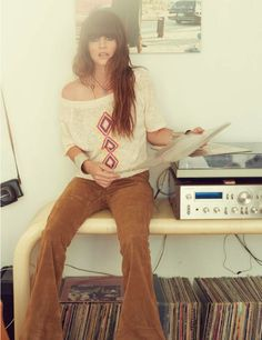 70s style. Best era for style and music....... Take me back to the 70s please :)