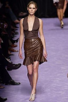 Saint Laurent Spring 2003 Ready-to-Wear Fashion Show - Erin Wasson, Tom Ford