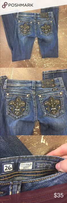 Miss Me Jeans - Size 26/9 Miss Me Jeans - Size 26/9. This jeans are super cute! There is some wear on the bottom of the jeans but you can see it above in the picture! You also can see measurements above of the jeans! Comment down below if you have any questions! Miss Me Jeans Boyfriend