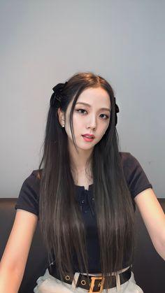 Kpop Girl Groups, Kpop Girls, Sana Kpop, Ropa Hip Hop, Black Pink Kpop, Blackpink Photos, Blackpink Fashion, Jennie Blackpink, Blackpink Jisoo