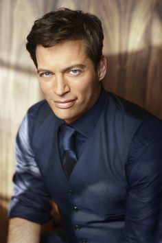 Harry Connick Jr. I think he's beautiful ♥