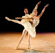 tutu-fangirl: Shannon Glover and Jonathan Rodrigues in Cinderella
