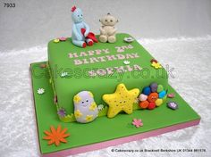 In the night garden cake with Iggle Piggle and Makka Pakka modelled characters, and not forgetting the Haahoos at the front Garden Birthday Cake, Birthday Cakes, 2nd Birthday, Birthday Ideas, Cake Models, School Cake, Garden Cakes, Night Garden, Novelty Cakes