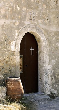 The entrance of the monastery Moni Odigitrias. Located in the western part of Asteroussia Mountains, near the village of Listatos in southern Crete. #moniodigitrias #odigitrias #listaros #sivas #monastery #asteroussia #messara #crete #greece