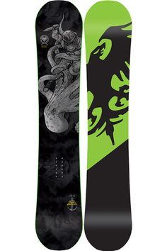 Evolve beyond your common snowboard norms and conquer on the Never Summer Evo 4.0 Snowoard. Freestyle focused yet freeride conceptualized. This light, nimble, feisty snowboard offers up new terrain, new features and new friends to be made on and off the slopes.