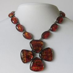 A vintage 1960's French glass necklace by Jacques Gautier.