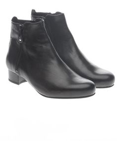 23e32506eea9e Angela | Stylish wide fit comfortable boots for women with bunions