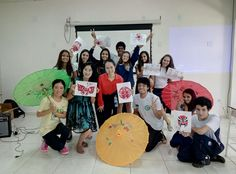 Professores do Instituto Confúcio visitam alunos do ensino médio de Brasília.