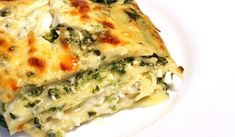Spinach Ricotta and Pesto Lasagna – GF - Scrumptious lasagna with basil pesto, spinach and plenty of bubbly cheese. stir in the pesto and volia! Spinach And Ricotta Lasagna, Lasagna Recipe With Ricotta, Shrimp Spinach Lasagna Recipe, Lasagne Pesto, Lasagna Food, Vegetable Lasagne, Healthy Vegetarian Diet, Vegetarian Recipes, Vegetarian Pesto Lasagna Recipe