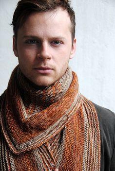 Vulpix shawl pattern. Stephen West.