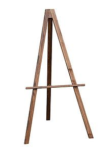 Oak Finish Floor Standing Easel And Blackboard/chalkboard/display