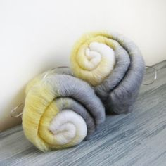 Ode to Etsy art batts -  carded spinning fiber in grey yellow and white merino wool- 100 grams