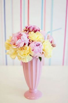 ice cream social // a beautiful and whimsical flower arrangement with a nod to an old-fashioned milkshake
