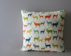 Multicoloured decorative pillow cover with deers and elks - Ellen's Alley