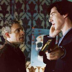 John Watson (Martin Freeman) and Sherlock Holmes (Benedict Cumberbatch). Sherlock Bbc, Benedict Cumberbatch Sherlock, Sherlock Series, Watson Sherlock, John Watson, Martin Freeman, Bff, Mrs Hudson, We Heart It