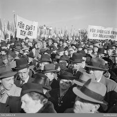 1 majdemonstration, ca 1939-1945. Foto: K W Gullers