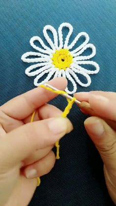 Crochet Earrings Pattern, Crochet Edging Patterns, Crochet Motifs, Crochet Art, Crochet Designs, Crochet Crafts, Crochet Projects, Crochet Flower Tutorial, Crochet Flowers