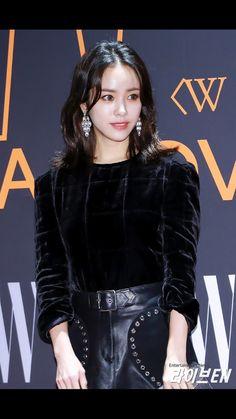 한지민 Korean Star, Korean Girl, Korean Beauty, Asian Beauty, Han Ji Min, Girls World, Korean Actresses, Face Hair, Korean Celebrities