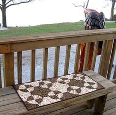 Freemotion by the River: Fall Drunkard's Path Table Runner