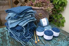 Making hay - or rather a Lleyni Mini Wool Pot picnic rug - while the sun shines