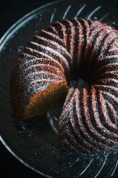 gingerbread {cake}