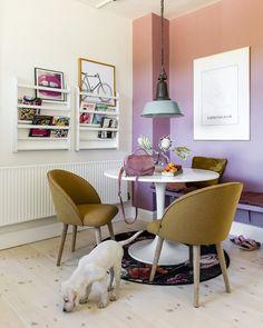 """d232cf8fd47d Danske designmøbler on Instagram  """"Mal en væg i en farve"""