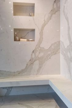 Countertops: What Are Large Porcelain Slabs? What Are Large Porcelain Slabs? Luxury Kitchen Design, Luxury Kitchens, Bathroom Interior Design, Tuscan Kitchens, Contemporary Bathroom Designs, Modern Bathroom, Bathroom Ideas, Contemporary Kitchens, Bathroom Vanities