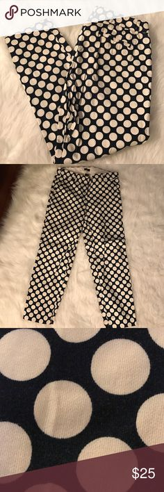 J.Crew City Fit Polka Dot Stretch Skimmer Pants Navy:color. Polka Dot Pattern. J.Crew. Size 2. So comfortable! Zipper front. 4 pockets. (2small in back) J. Crew Pants