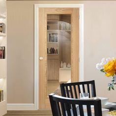 Bespoke Vancouver Oak 1L Fire Rated Door with Clear Safety Glass - Prefinished.    glazeddoor #interiordoor #moderndoor #bespokedoor door