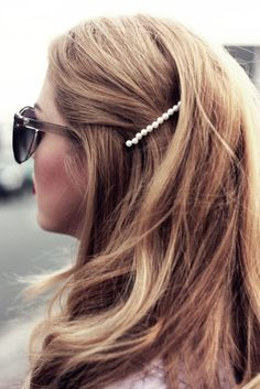 Pearls on a bobby pin