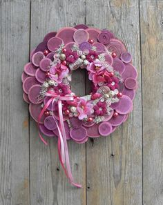 Christmas Advent Wreath, Christmas Decorations, Wreaths For Front Door, Door Wreaths, Summer Wreath, Christmas Inspiration, Spring Flowers, Burlap Wreath, Decor Crafts