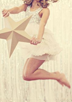 New Years Eve Star Decoration | What Anna Loves #celebrate #happynewyear