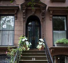 Caladium  brooklyn-heights-white-halloween-curb-appeal-gardenista