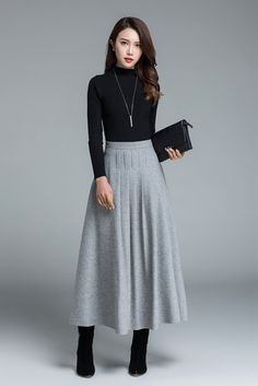 DETAILS: * soft wool blend * side zip closure * pleated maxi skirt * ruffles detail to waist * winter, autumn & spring skirt SIZE GUIDE Available in women's US sizes 2 to 18, as well as custom size and plus size. Size chart PDF https://img1.etsystatic.com/116/0/7768512/icm_fullxfull.80657231_ptkmu32ko0g88skksowo.pdf PHOTO https://img0.etsystatic.com/117/0/5609612/il_fullxfull.926262032_ez71.jpg NOTE When you place an order,...
