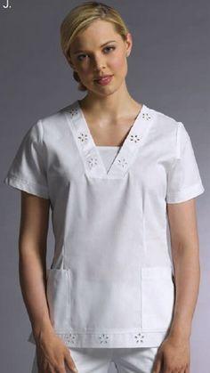 UNIFORMES ALFA ZETA white cross Spa Uniform, Scrubs Uniform, White Scrub Tops, Scrubs Pattern, Scrubs Outfit, Female Doctor, Nursing Dress, Skirt Pants, Blouse Styles