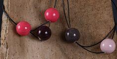 Un Régal de bijoux : Création et vente de bijoux artisanaux