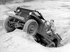 Testing an early MB on steep terrain. Circa 1941 Testing an early MB on steep terrain. Old Jeep, Jeep Cj, Jeep Truck, Jeep Wrangler, Military Jeep, Military Vehicles, Willys Mb, Vintage Jeep, Offroader