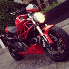 Ducati monster 796 Ducati Monster, Hot Cars, Cars Motorcycles, Dream Cars, Automobile, Café Racers, Bike, Monsters, Car
