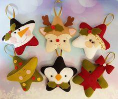 Felt Christmas Decorations, Christmas Ornaments To Make, Felt Ornaments, Christmas Projects, Felt Crafts, Christmas Fun, Christmas Crafts, Crochet Crafts, Vintage Christmas