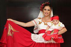 (Mexico):  Quintana Roo Mexican Quinceanera Dresses, Mexican Dresses, Traditional Mexican Dress, Traditional Dresses, Charro Suit, Beautiful Mexican Women, Mexican Costume, Mexico Fashion, Mexico Culture